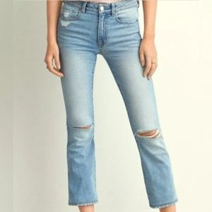 AMERICAN EAGLE 18 Long Hi-Rise Kick Crop Jeans